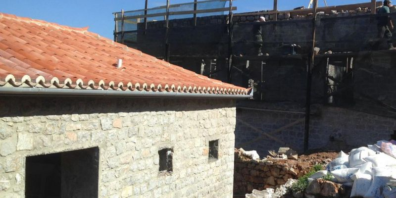 Ενίσχυση Διατηρητέων Κτιρίων στην Ύδρα